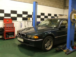 LPG Conversion BMW 735i V8 3.5L year 1999