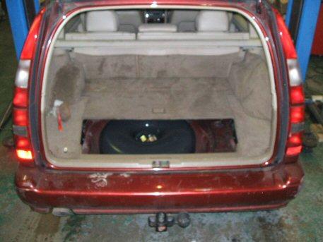 Autogas LPG Conversion Volvo V70 2.4L year 1999 by OZON LPG. LPG Conversions. LPG Service.LPG